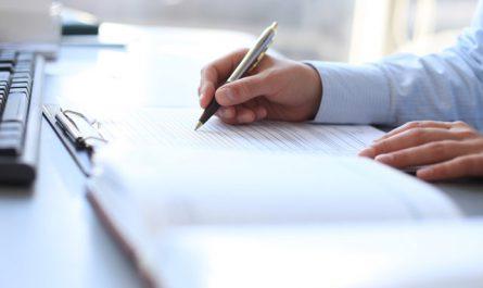 Zdjęcie do tekstu - Podpisanie aktu notarialnego