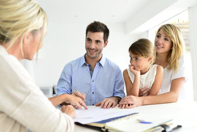 Zdjęcie do tekstu - Umowa z pośrednikiem nieruchomości